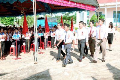 Trường THCS Nguyễn Đình Chiểu, huyện Ea Kar đón Bằng công nhận trường đạt chuẩn Quốc gia mức độ I và Tổng kết năm học 2019-2020.