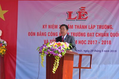 Lễ kỷ niệm 20 năm thành lập trường THCS Nguyễn Đức Cảnh và đón bằng công nhận trường đạt chuẩn quốc gia